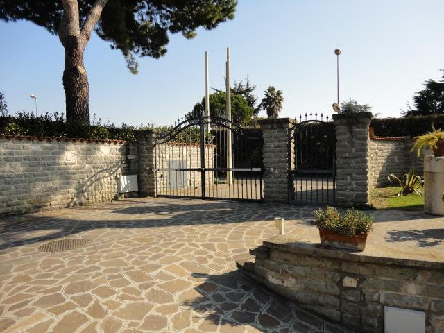 Vallerano - via Ermete Zacconi mq 140