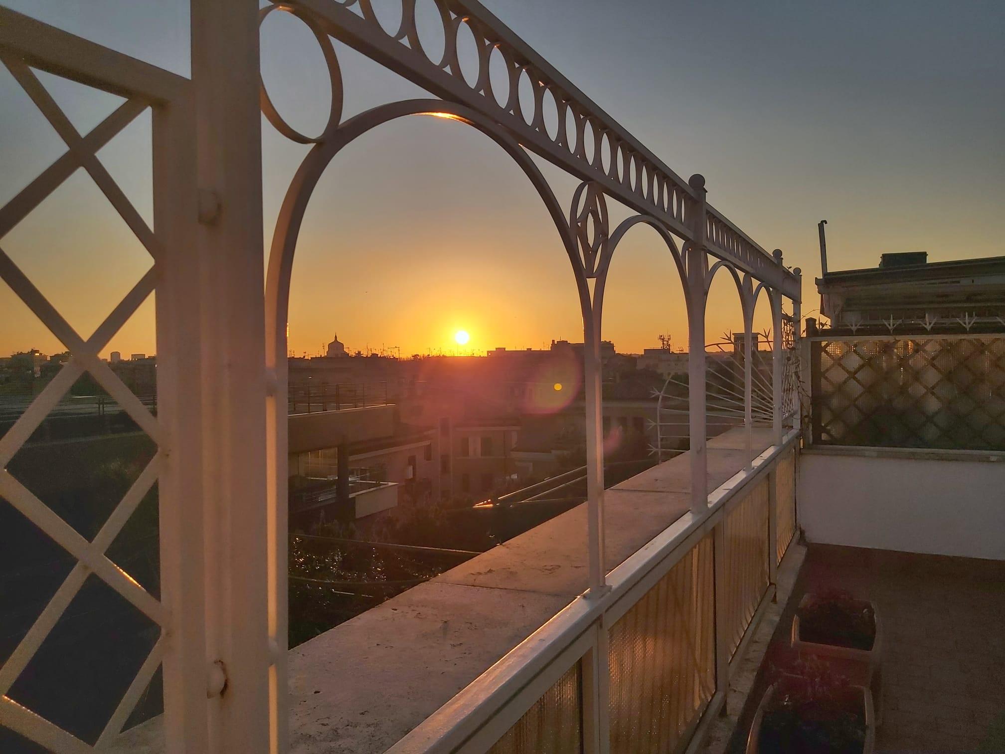 Attico con terrazza panoramica - Garbatella