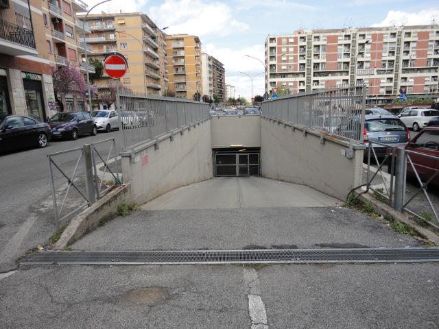 Box P.zza Roberto Malatesta /via Zenodossio 260